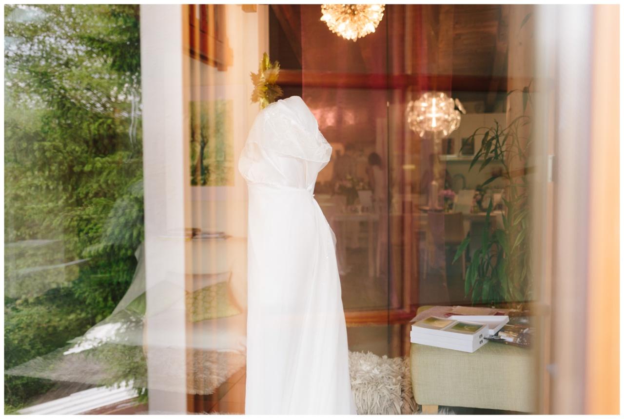 Hochzeitskleid Tirol Hochzeitsfotograf_0009